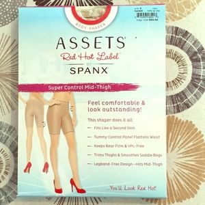 NWT Spanx Assets Red Hot Label Super Control